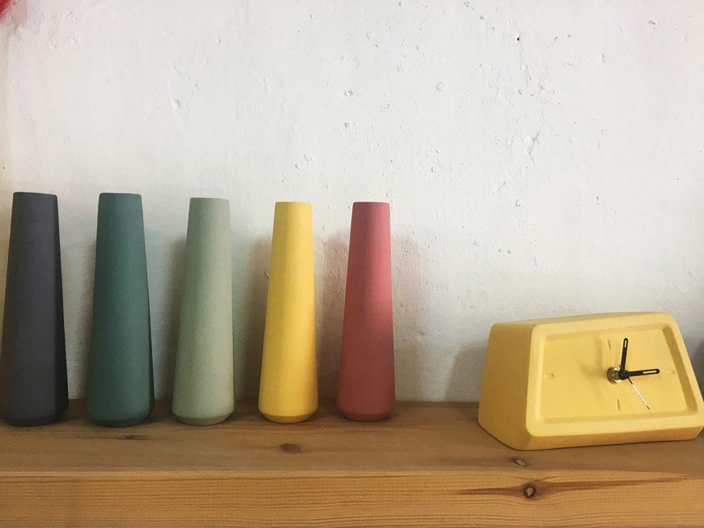 אגרטלים צרים בצבעוניות ייחודית