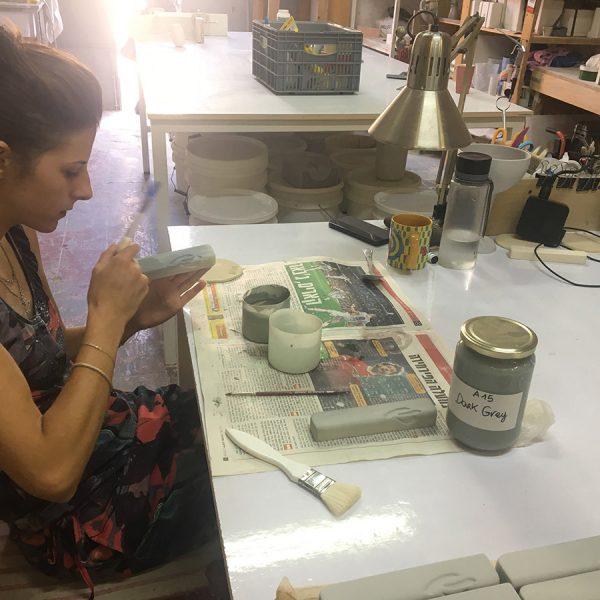 עבודת יד בסטודיו