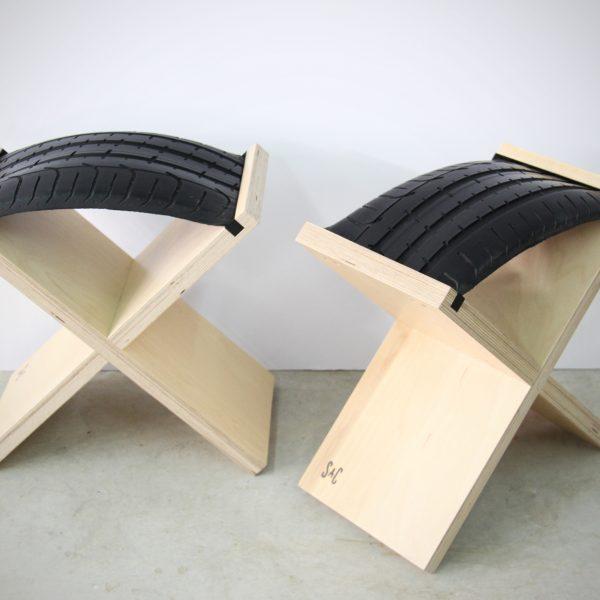 כסאות X עם צמיג ממוחזר